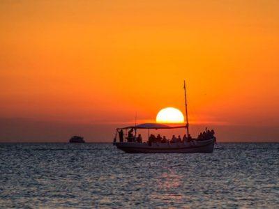 HETibiza Groupsboat